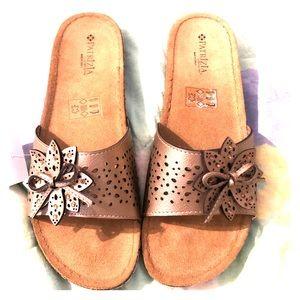 Shoes - NWT Patrizia by Spring Step slide💝
